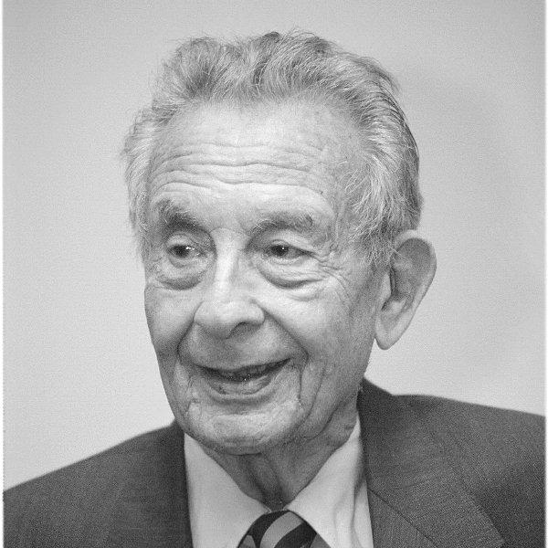 Джордж Гербрер автор модели коммуникации Гербнера