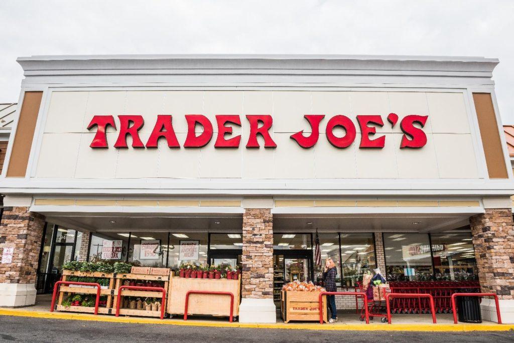 Сеть Trader Joe's отказалась изменить торговые марки.